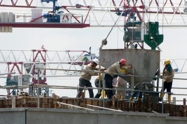 i-Construction の貫徹に向けた基準類の策定